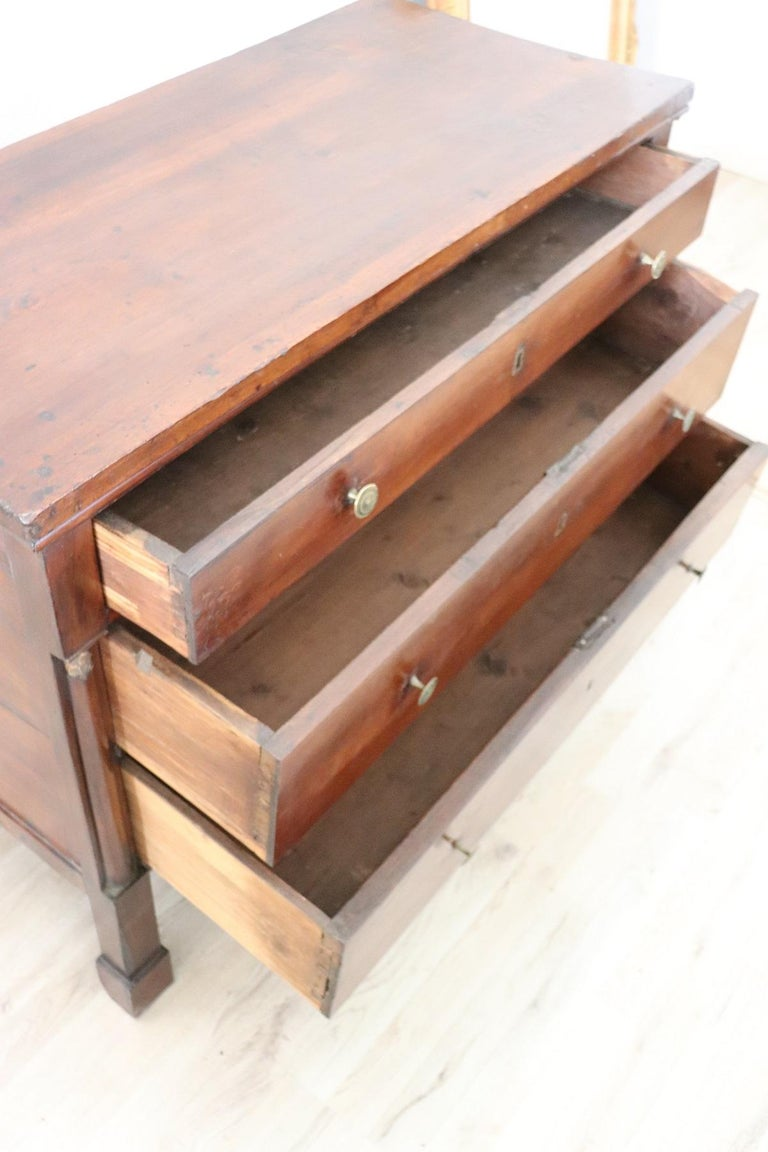 19th Century Empire Walnut Wood Commode or Chest of Drawer In Good Condition For Sale In Bosco Marengo, IT