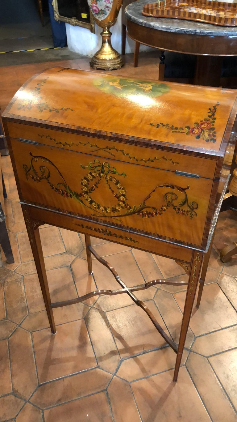 Hand-Painted 19th Century England Victorian Satinwood Wood Painted Dome Top Work Box, 1880s For Sale