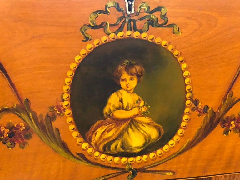 19th Century England Victorian Satinwood Wood Painted Dome Top Work Box, 1880s For Sale 2