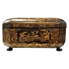 19th Century English Antique Chinoiserie Lided