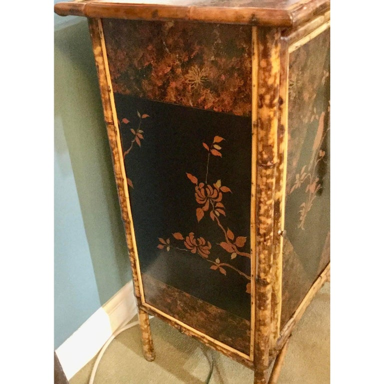 19th Century English Bamboo Cabinet with Chinoiserie Lacquered Panels For Sale 5