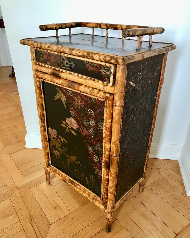 19th Century English Bamboo Side Cabinet In Good Condition For Sale In West Palm Beach, FL