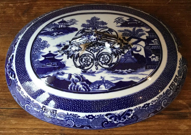 19th Century English Blue and White Soup Tureen Copeland In Good Condition In The Hills, TX