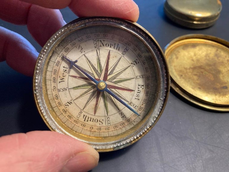 19th Century English Brass Pocket Box Compass For Sale 1