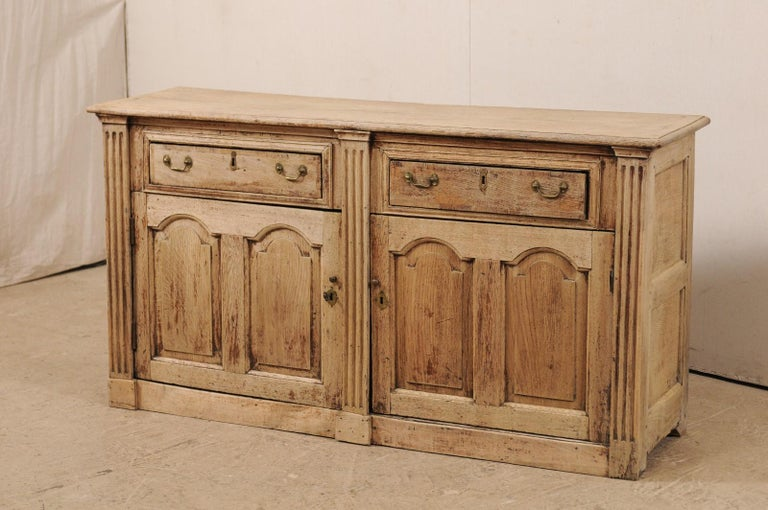 19th C. English 5.5 Ft Long Wooden Buffet Cabinet with Fluted Column Side Posts In Good Condition For Sale In Atlanta, GA