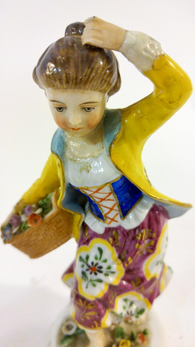 Painted 19th Century English Chelsea Style Porcelain Figurine, Pair For Sale