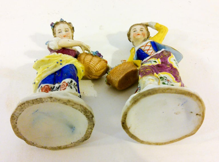 19th Century English Chelsea Style Porcelain Figurine, Pair For Sale 2