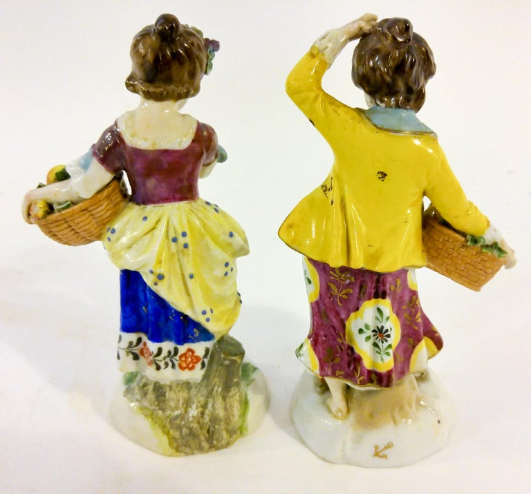 19th Century English Chelsea Style Porcelain Figurine, Pair For Sale 3