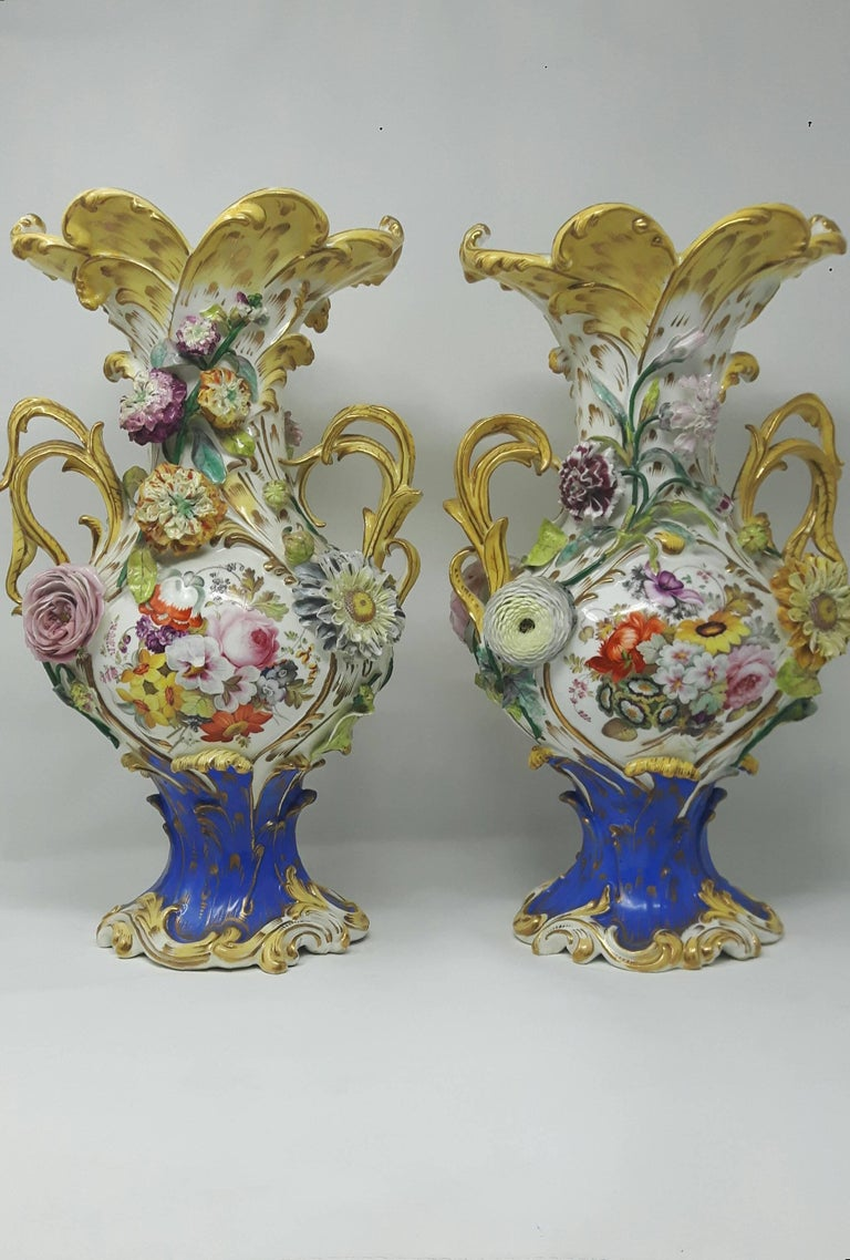 19th Century English Coalport Vases In Good Condition For Sale In London, GB