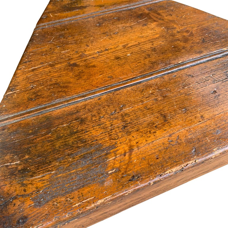 Pine 19th Century English Cricket Table with Shelf For Sale