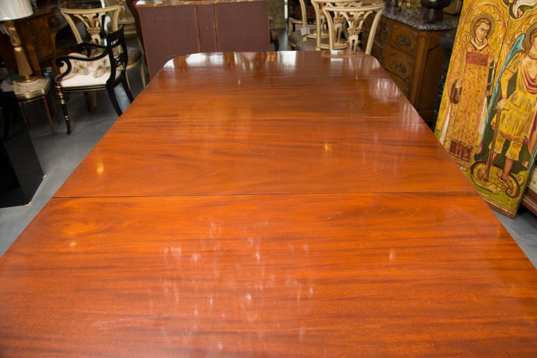 19th Century English Double Pedestal Dining Table In Good Condition In WEST PALM BEACH, FL