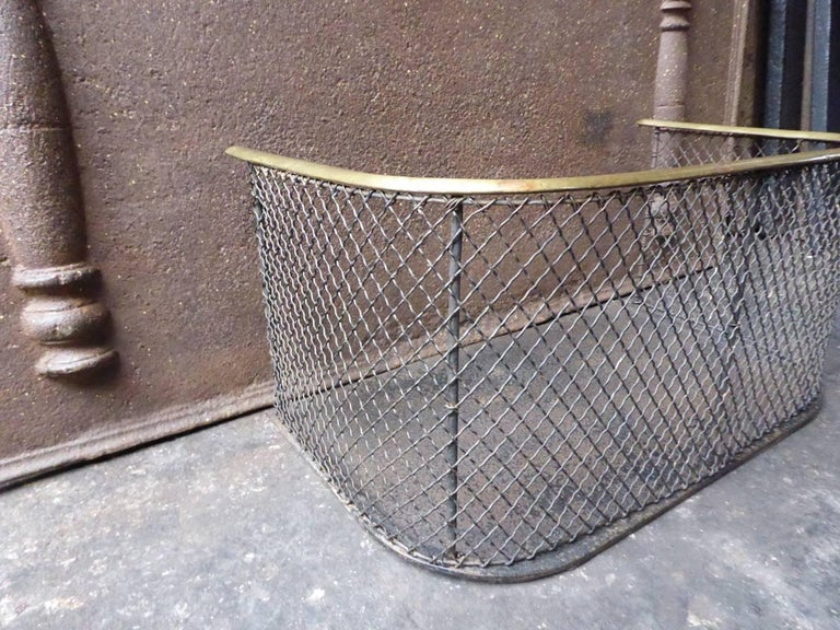 19th Century English Fire Guard In Good Condition For Sale In Amerongen, NL