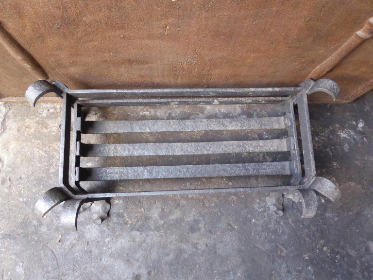 19th Century English Fireplace Grate or Fire Grate For Sale 4
