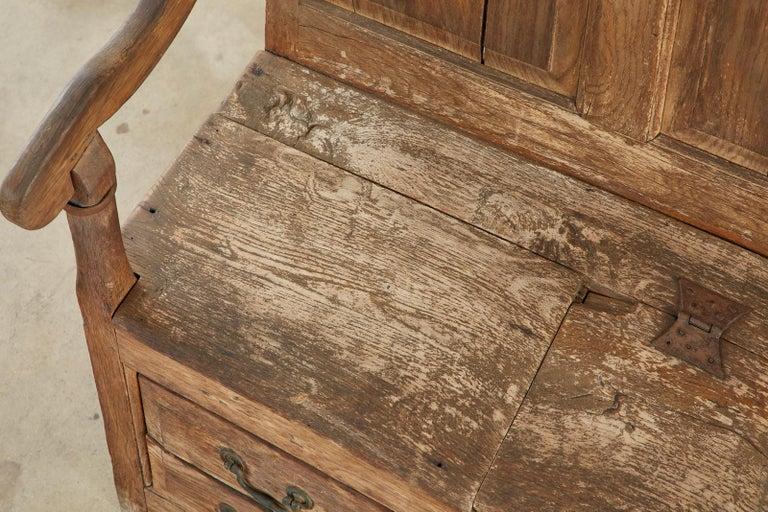 19th Century English Georgian Oak Box Settle Bench For Sale 11