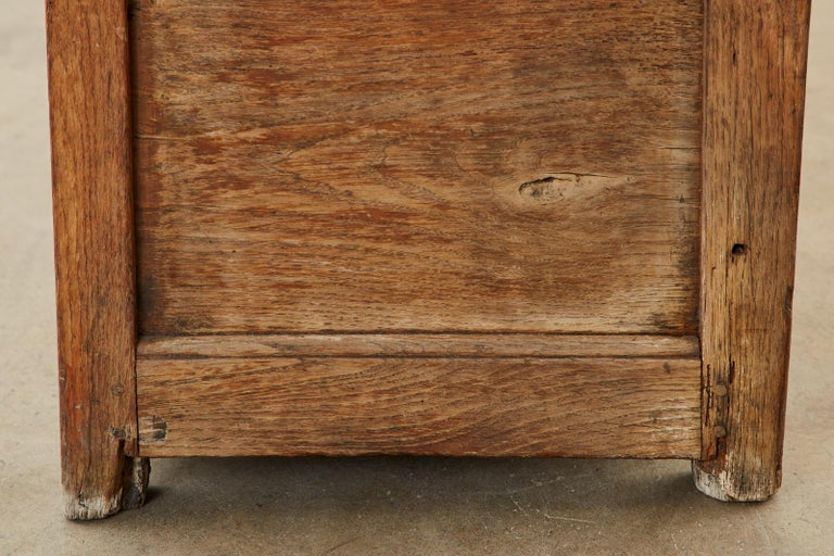 19th Century English Georgian Oak Box Settle Bench For Sale 14