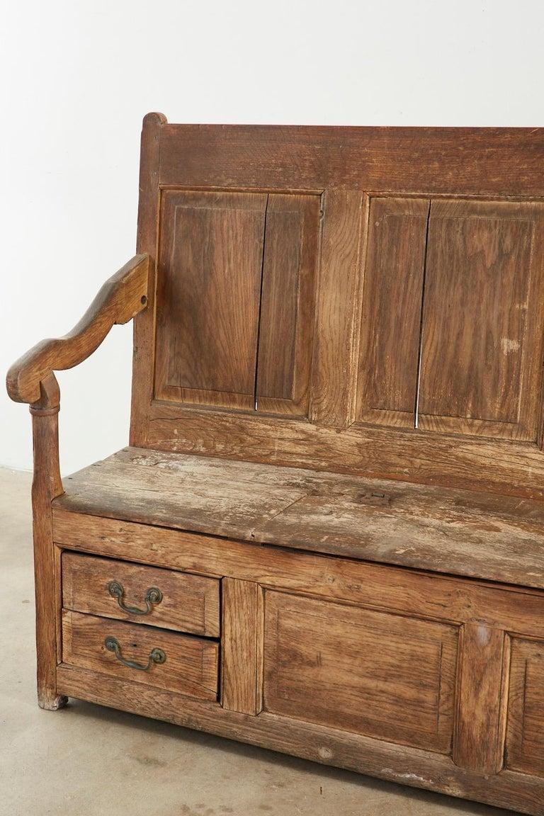 19th Century English Georgian Oak Box Settle Bench For Sale 2