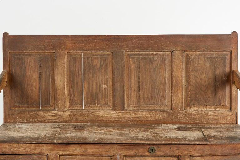 19th Century English Georgian Oak Box Settle Bench For Sale 4