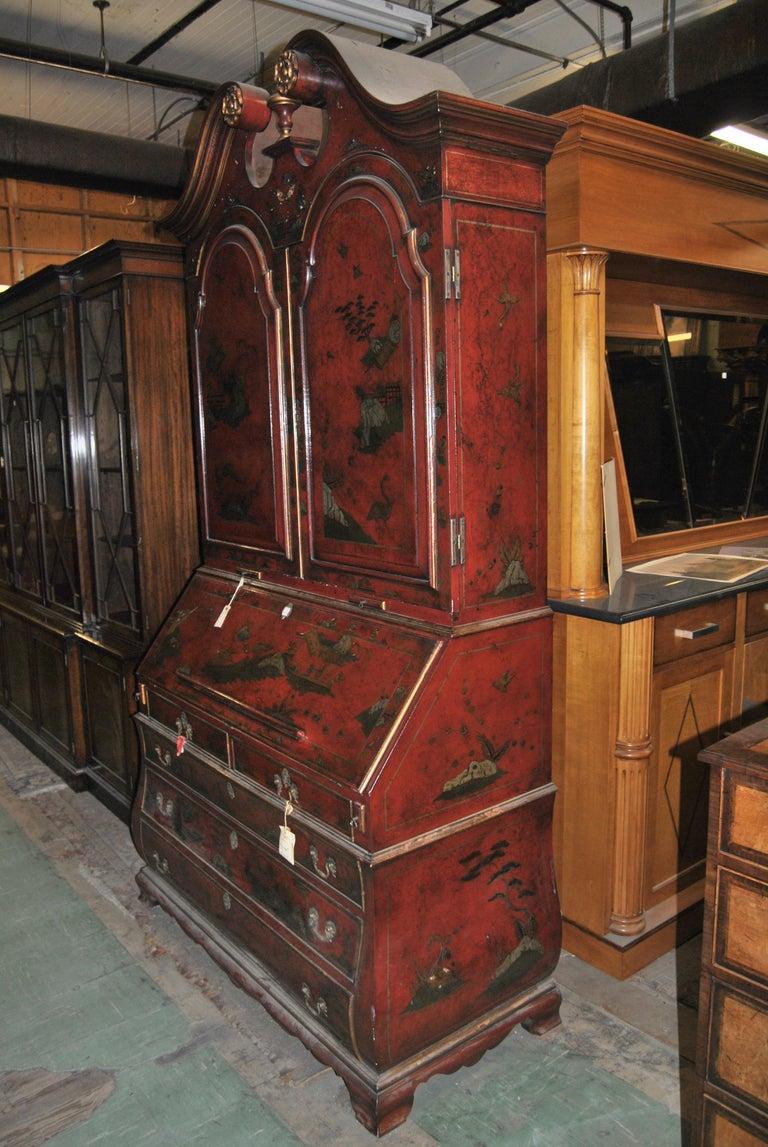 19th Century English Lacquered Gilt Chinoisoire Bookcase Secretary or Desk For Sale 4