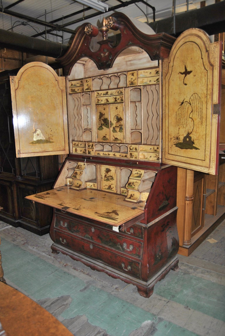 George IV 19th Century English Lacquered Gilt Chinoisoire Bookcase Secretary or Desk For Sale