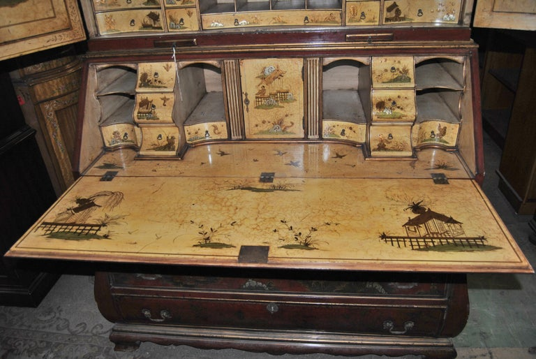 19th Century English Lacquered Gilt Chinoisoire Bookcase Secretary or Desk In Good Condition For Sale In Savannah, GA