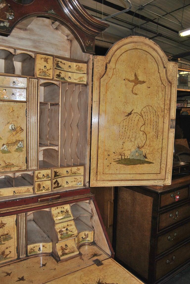 19th Century English Lacquered Gilt Chinoisoire Bookcase Secretary or Desk For Sale 1