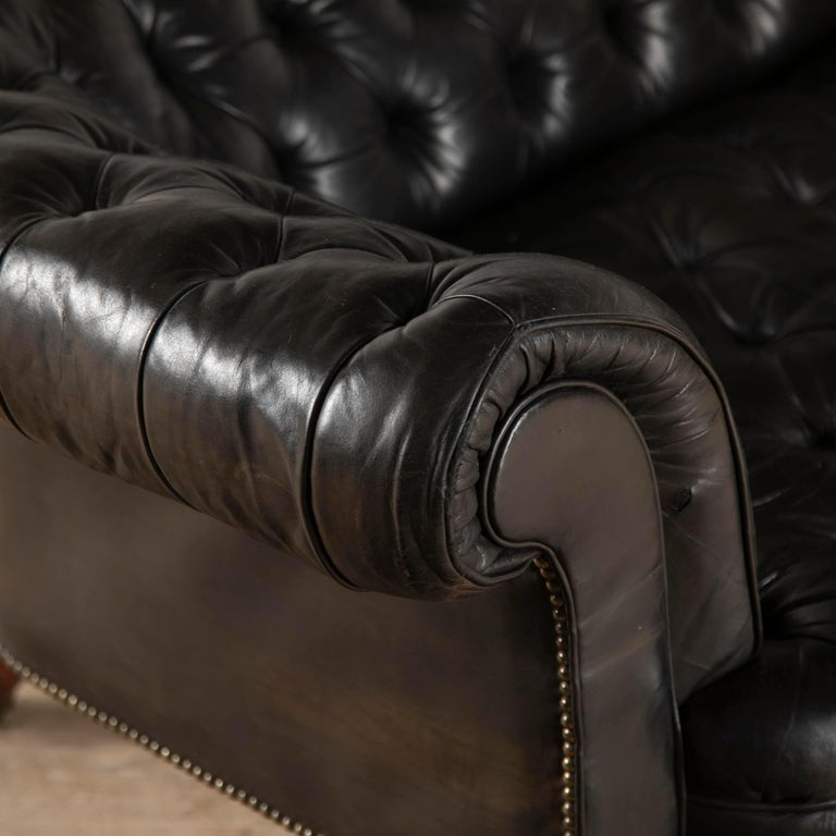 19th Century English Leather Chesterfield For Sale 2