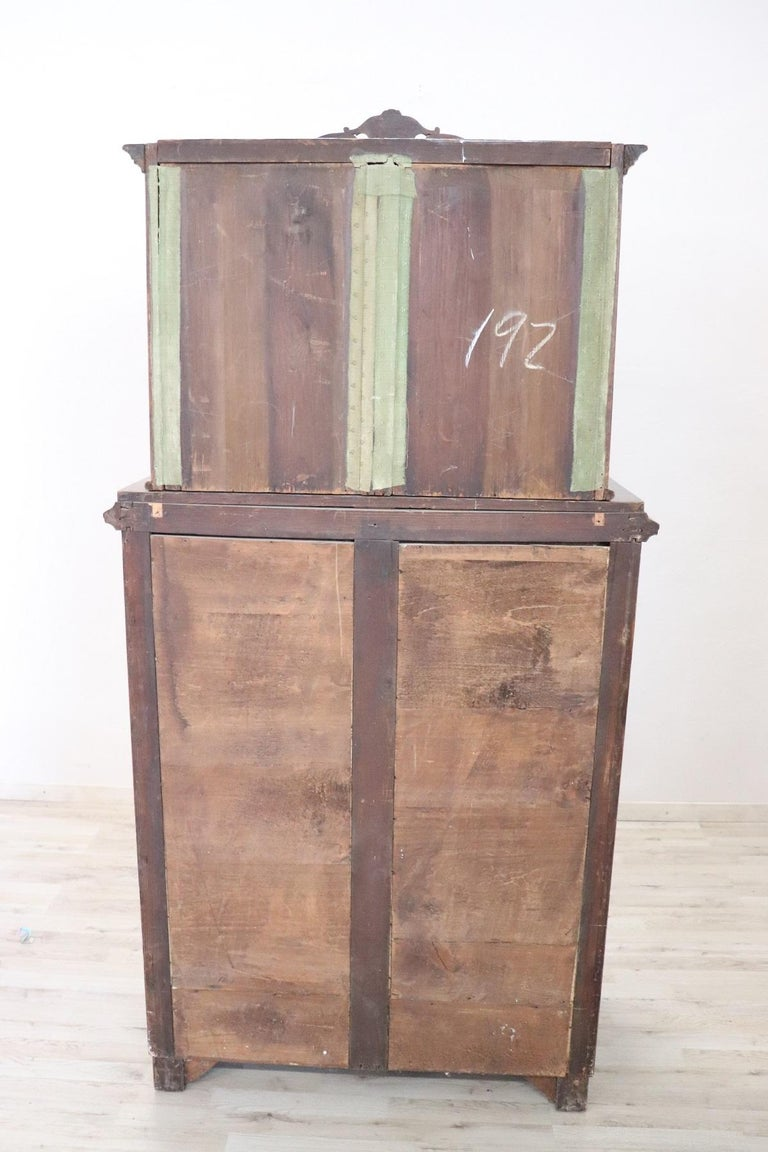 19th Century English Mahogany Commode or Tall Chest of Drawers, 1850s For Sale 10