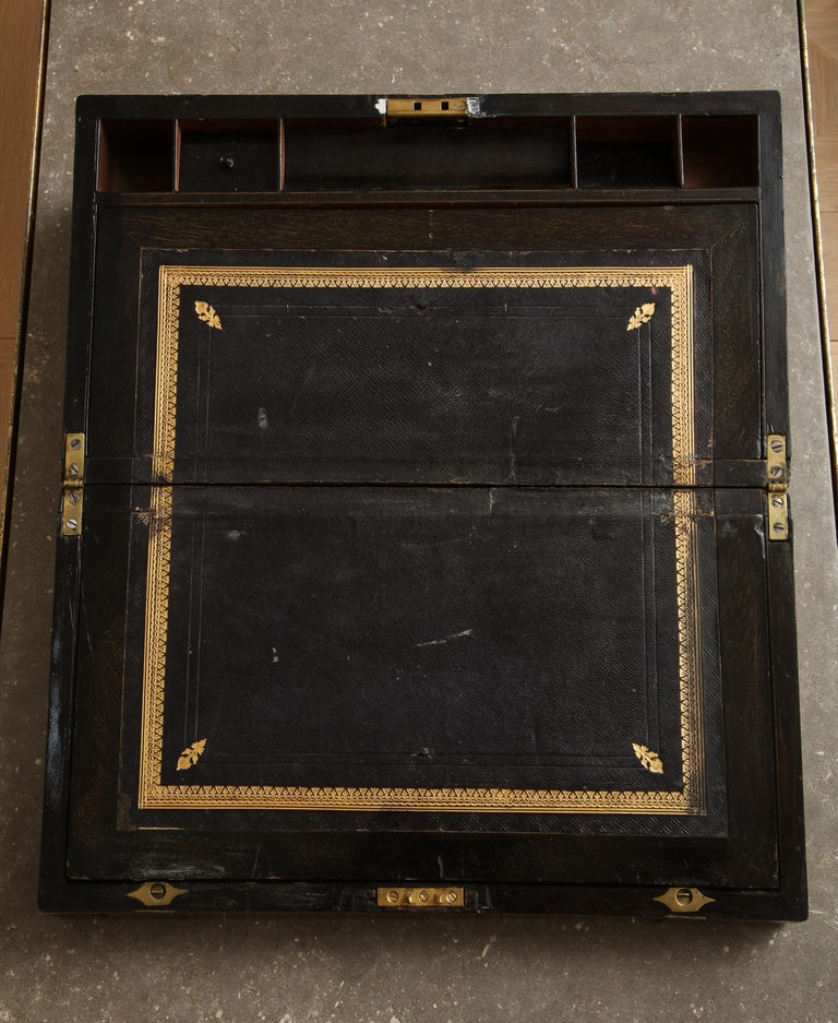 19th Century English Mahogany Military Campaign Writing Box In Fair Condition For Sale In Chicago, IL