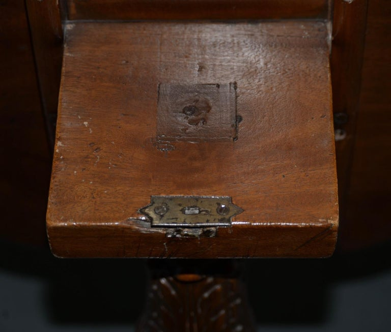 19th Century English Mahogany Tilt-Top Serving Table In Good Condition For Sale In San Francisco, CA