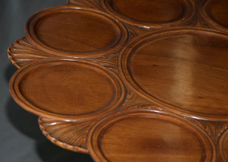 19th Century English Mahogany Tilt-Top Serving Table For Sale 2