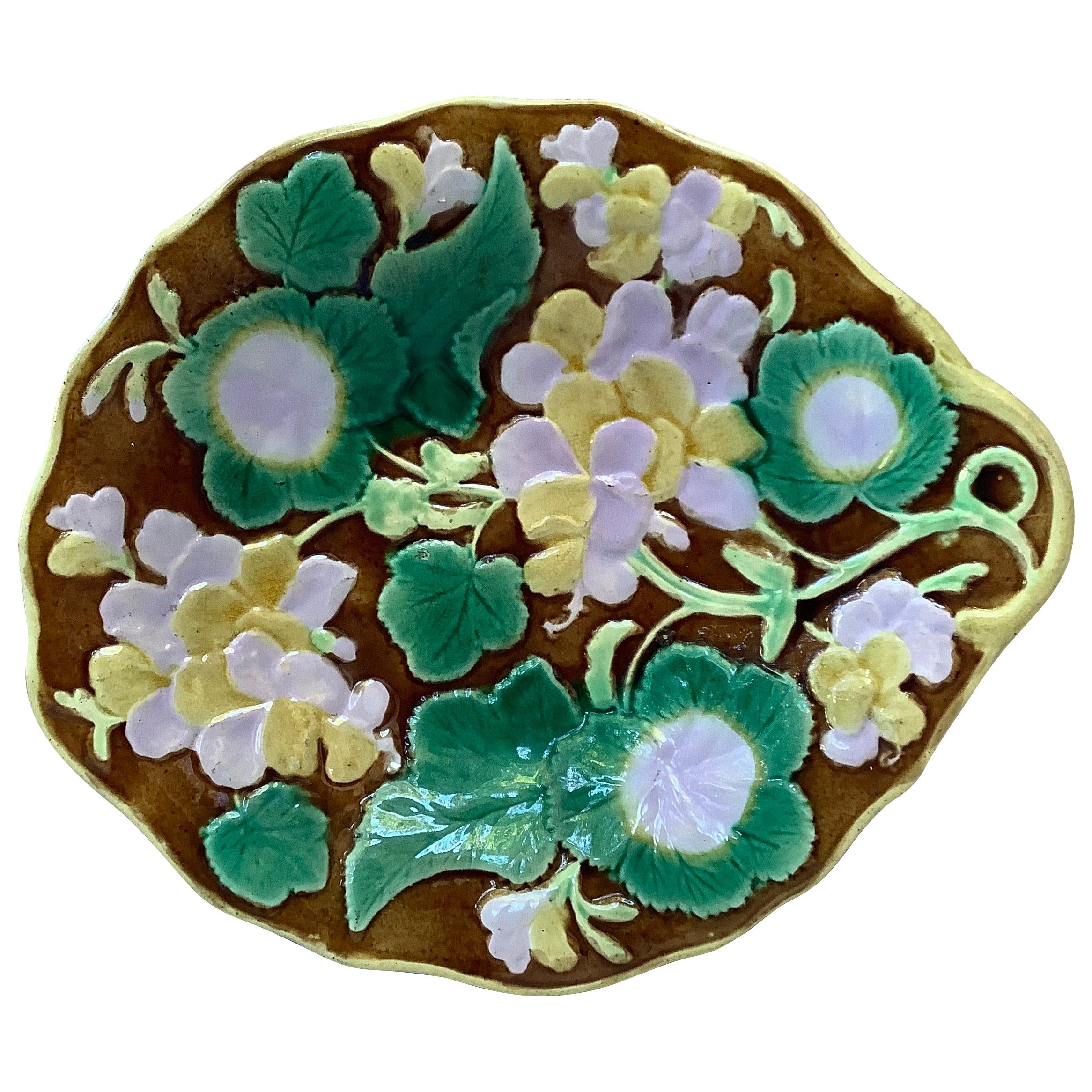 19th Century English Majolica Geranium Platter
