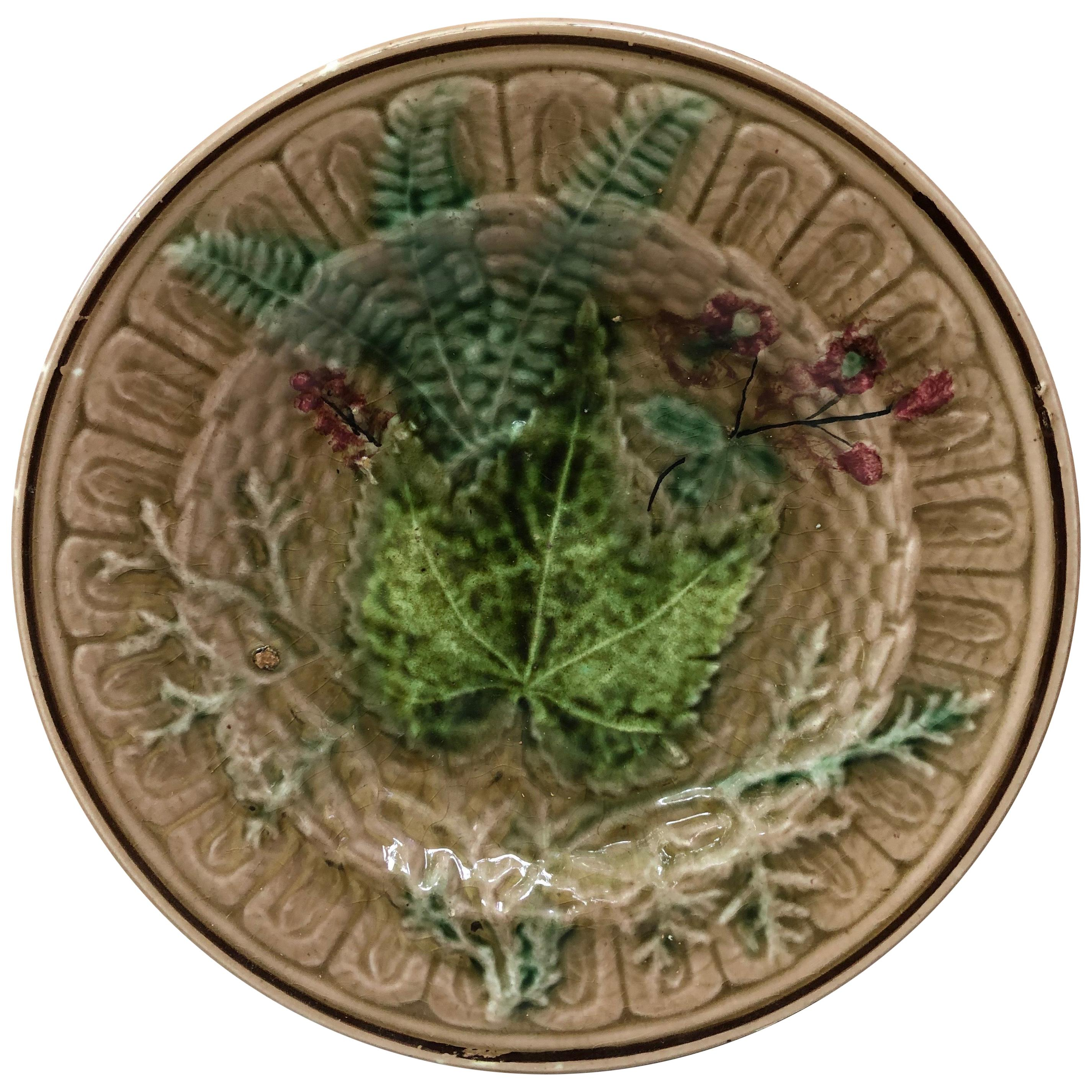 19th Century English Majolica Leaves and Flowers Plate.