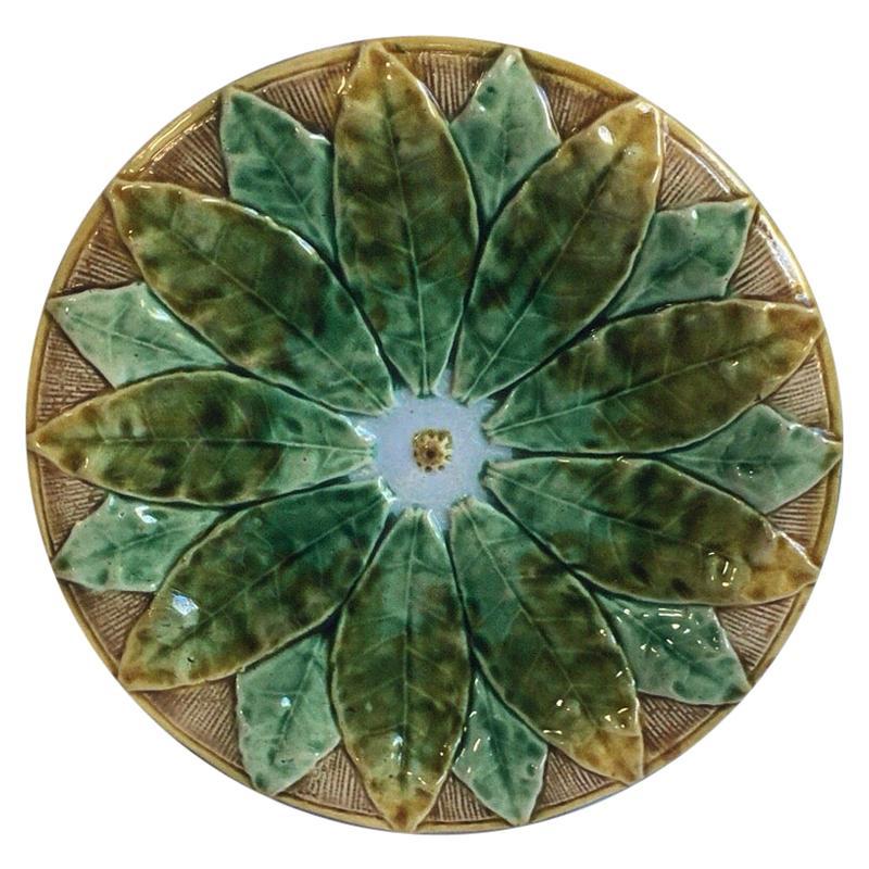 19th Century English Majolica Leaves Plate