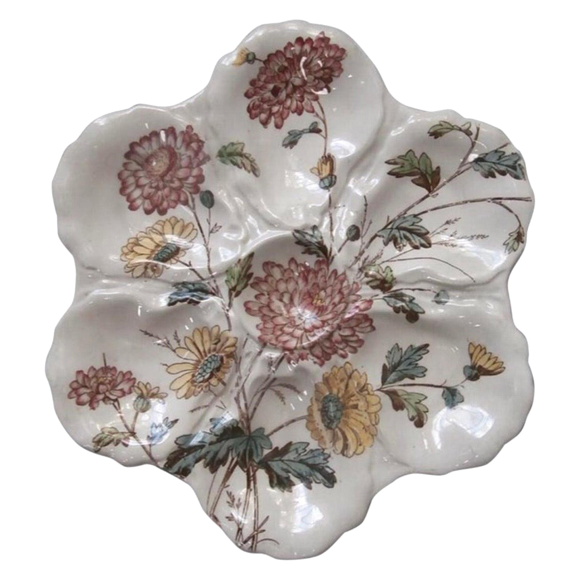 19th Century English Majolica Oyster Plate with Flowers Adderley