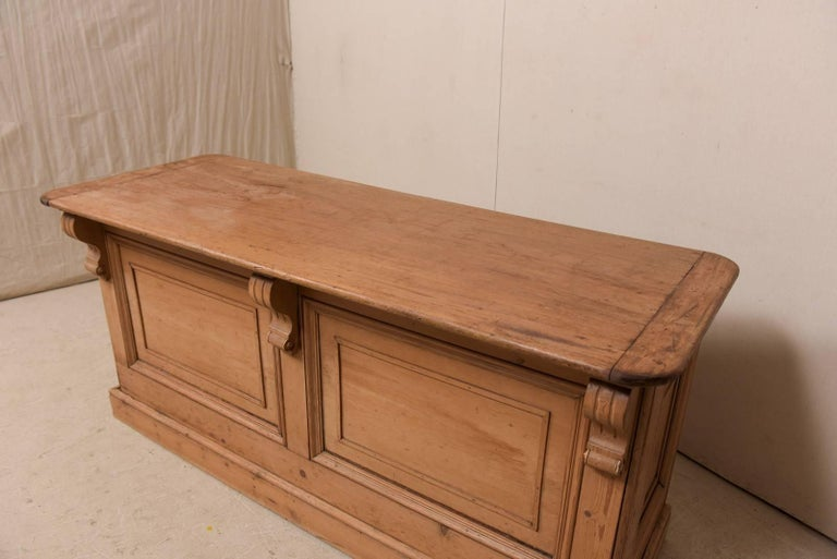 19th Century English Natural Wood Kitchen Island with Ample Storage For Sale 2