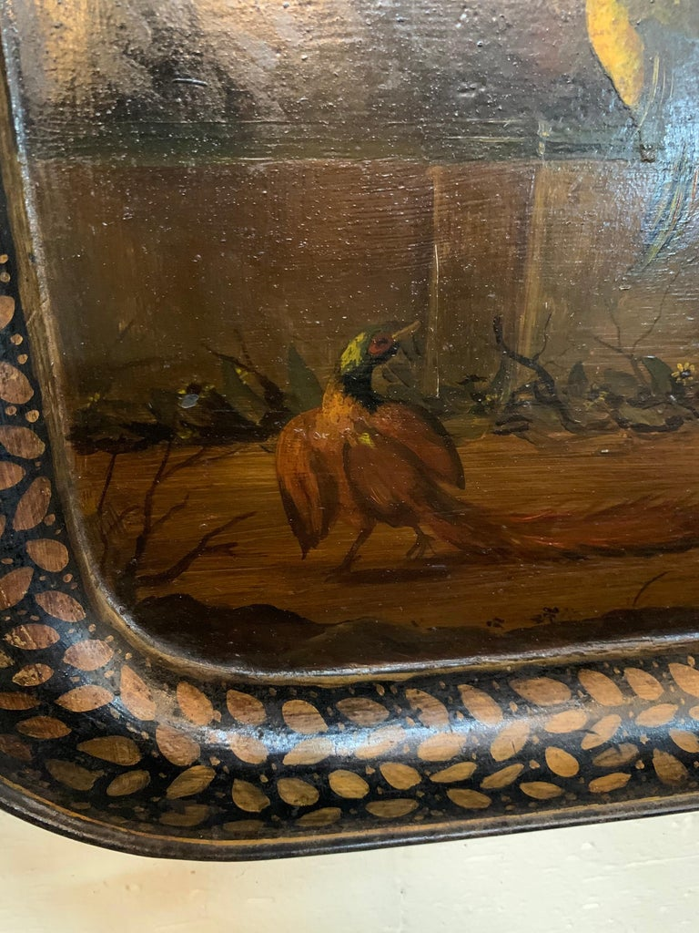 19th Century English Painted Tole Tray with Roosters In Good Condition For Sale In Dallas, TX