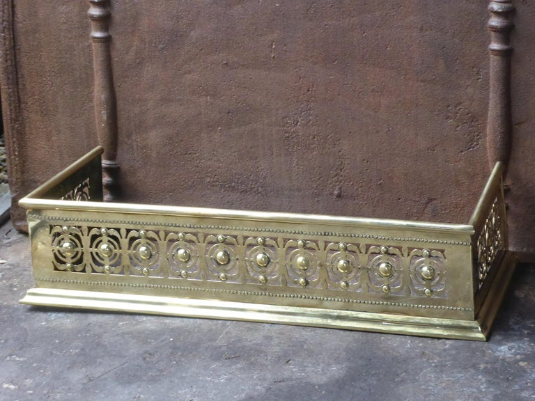 Victorian 19th Century English Polished Brass Fireplace Fender or Fire Fender For Sale