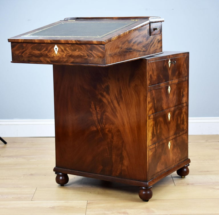 19th Century English Regency Period Flame Mahogany Davenport Desk by Wilkinson For Sale 3