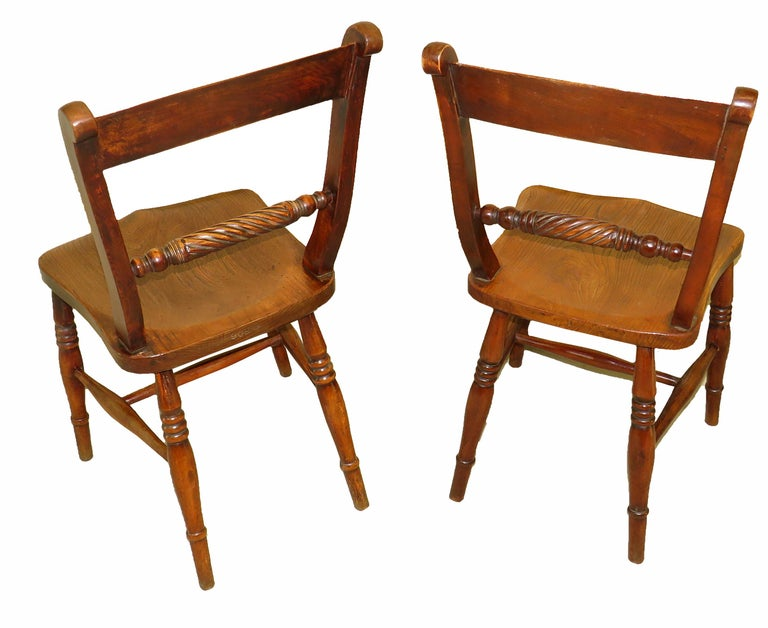Victorian 19th Century English Set of 8 Kitchen Windsor Dining Chairs For Sale