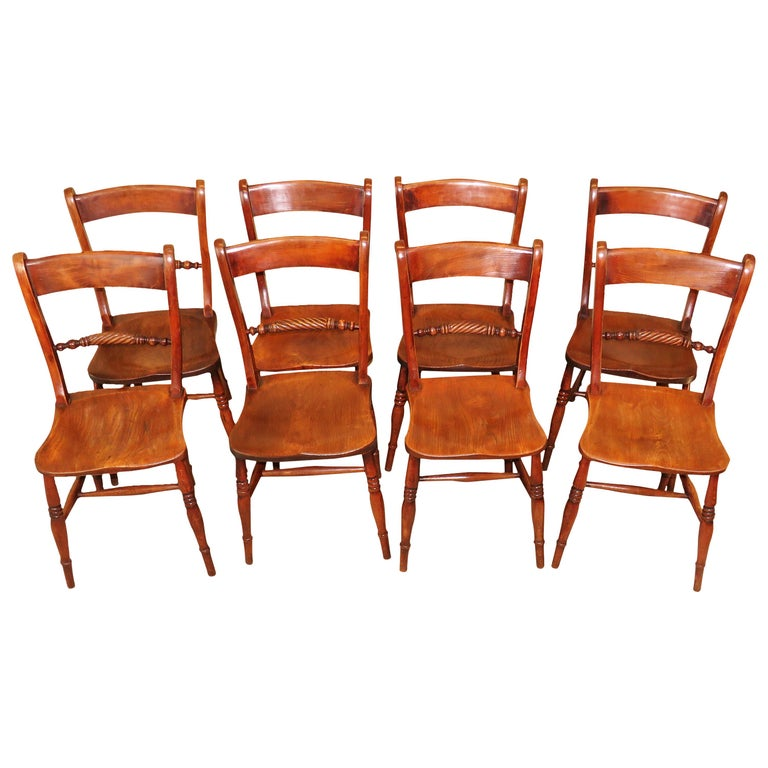 19th Century English Set of 8 Kitchen Windsor Dining Chairs For Sale