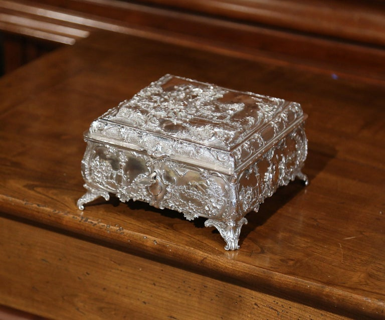19th Century English Silver on Copper Ornate Embossed Sheffield Jewelry Casket For Sale 2