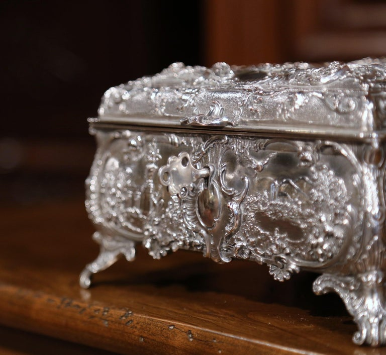 19th Century English Silver on Copper Ornate Embossed Sheffield Jewelry Casket For Sale 3