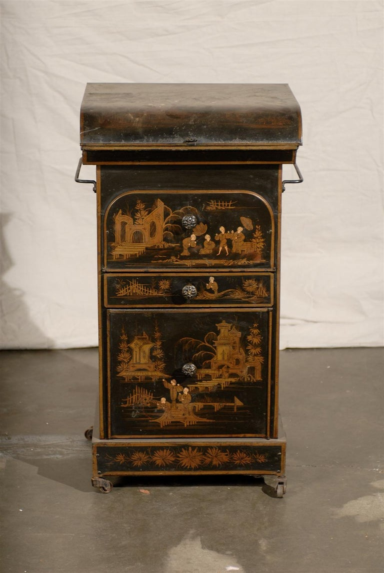 19th Century English Tole Chinoiserie Toilette, Lid Lifts In Good Condition For Sale In Atlanta, GA