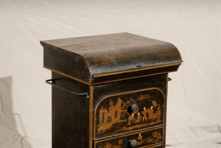 19th Century English Tole Chinoiserie Toilette, Lid Lifts For Sale 4