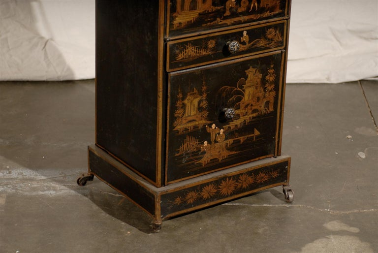 19th Century English Tole Chinoiserie Toilette, Lid Lifts For Sale 5