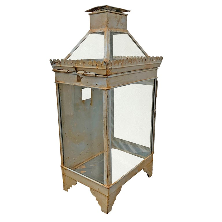 Rustic 19th Century English Tole Wall-Mount Lantern For Sale