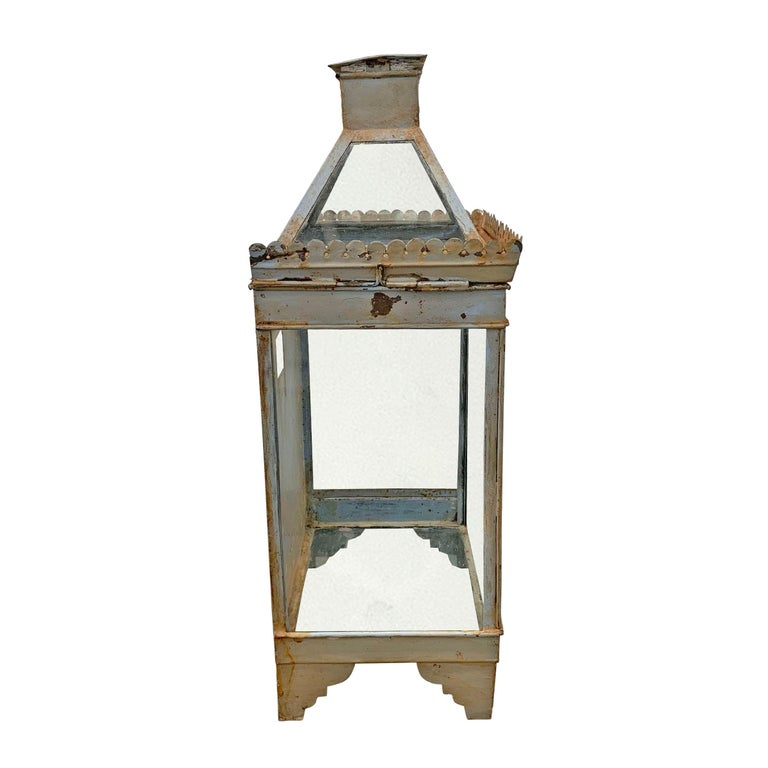 British 19th Century English Tole Wall-Mount Lantern For Sale