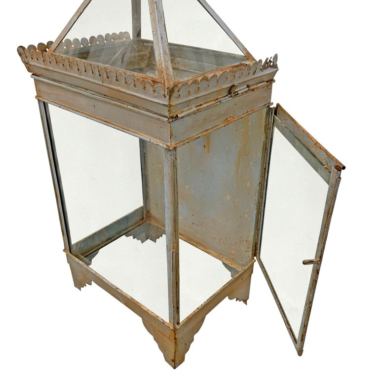 Painted 19th Century English Tole Wall-Mount Lantern For Sale
