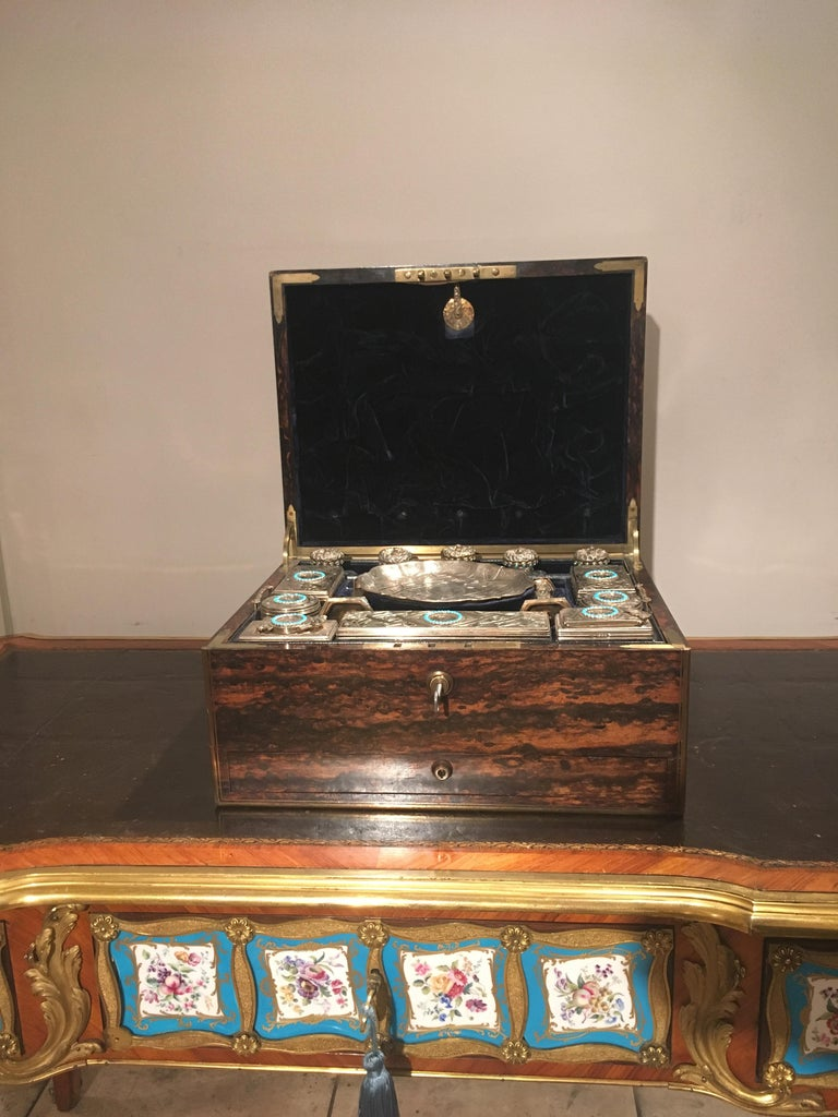 British 19th Century English Travelling Dressing Case For Sale