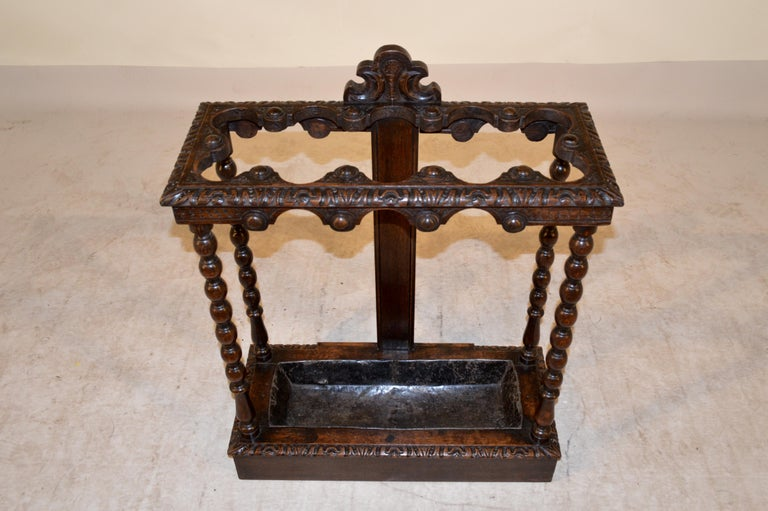 19th Century English Umbrella Stand In Good Condition For Sale In High Point, NC